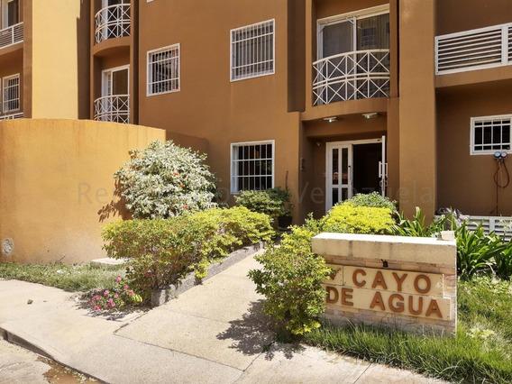 Apartamento En Venta La Morita - Maracay 20-7280 Hcc