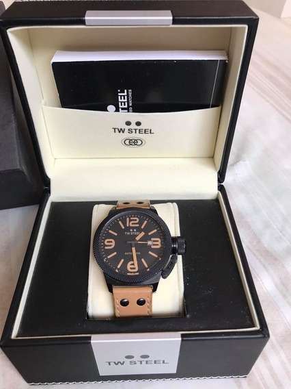 Hermoso Tw Steel Automatico Tapa Glass Back Pvd Negro