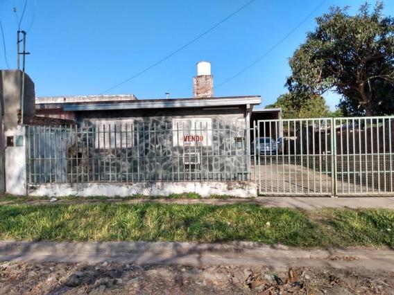 Vendo Casa Con Galpon - Barrio 25 De Mayo - Goya, Corrientes