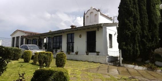 Amplia Residencia Ubicada En Los Dominguez Villa Del Carbon