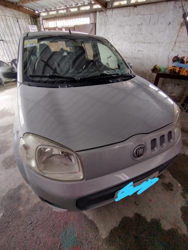 Fiat Uno Vivace1.0 4p Completo  2011
