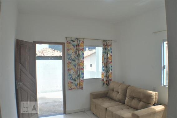 Casa Para Aluguel - Cachoeira Do Bom Jesus, 2 Quartos, 150 - 893025925