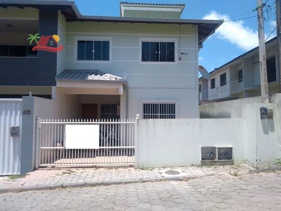 Casa A Venda No Bairro Ingleses Do Rio Vermelho Em - C778-1