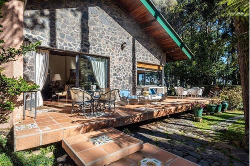 Casa Em Campos Do Jordão - Ca14051