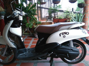 Moto Yamaha Fino Beige