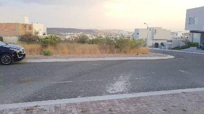 Terreno Habitacional En Venta En Juriquilla, Querétaro, Querétaro