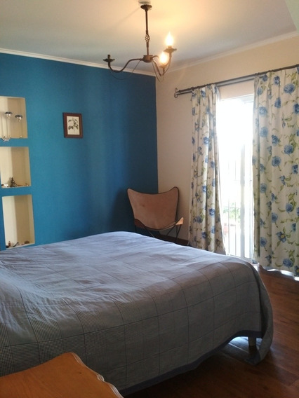 5 Dormitorios, 3 Baños, 242m2 Construido Y4000 M2 Terreno