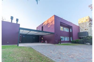 Importante Casa En Del Viso, B Altos Del Pilar