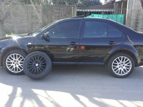 Bora 1.8 Highline T Tiptronic Cuero