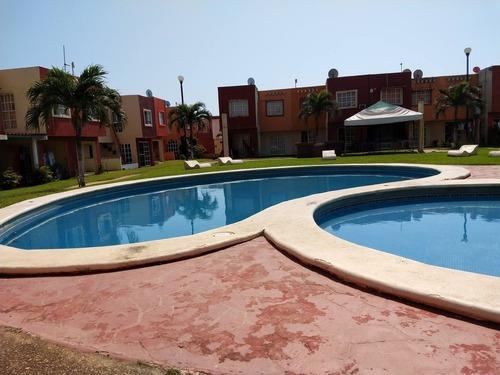 Estudio En Renta Proa, Puerto Esmeralda