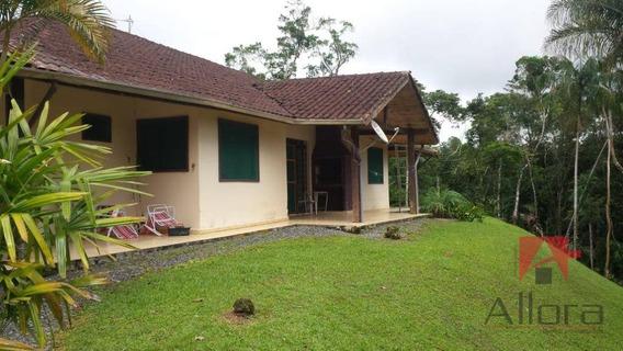 Sítio Com 6 Dormitórios À Venda, 82794 M² Por R$ 1.050.000 - Vila Nadia - Tapiraí/sp - Si0047