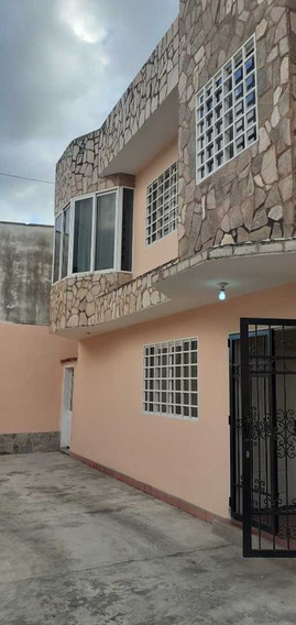 Alquiler En La Urbanizacion La Candelaria, Maracay