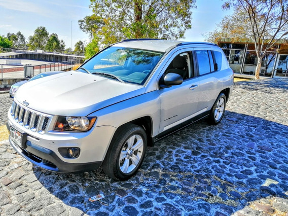 Jeep Compass 2.4 Latitud 5vel 5vel 4x2 Mt 2014