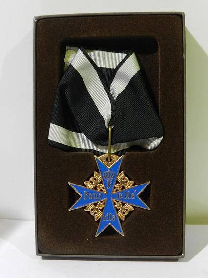 Medalla Condecoracion / Orden Pour Le Merite Prusia 1740