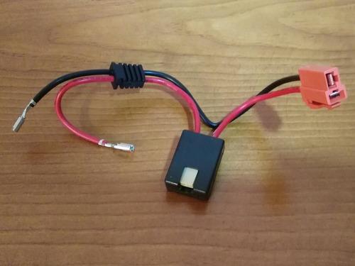 Imagen 1 de 4 de Conector/arnés Fusible Para Batería Prinsel 6 Volts Montable