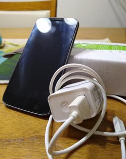 Motorola G4 Play Sin Detalles. Como Nuevo. En Caja. Cargador