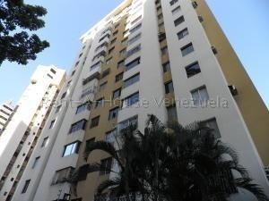 Apartamento En Venta Valles De Camoruco Valencia 20-7283 Ez