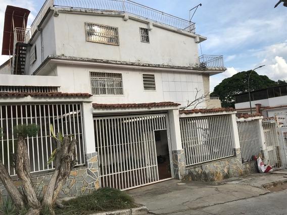 Mafa Vende Casa En Vista Alegre Con Dos Anexos