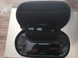Ps Vita + Estuche Rigido + Memory 8 Y 16 Gb + 15 Juegos Orig