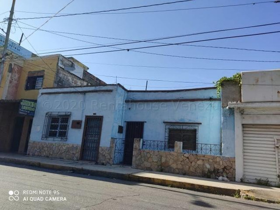 Casa En Venta Zona Centro Barquisimeto 20 24012 J&m