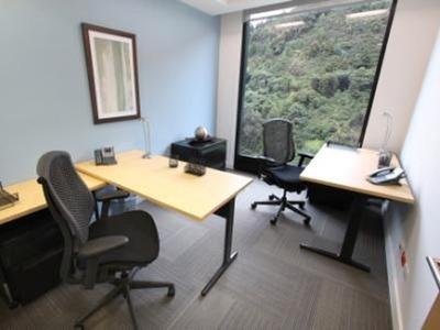 Oficina Para Una O Dos Personas En Bogota, Capital Tower. To