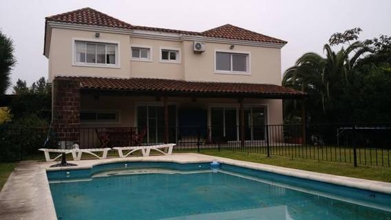 Casa En Esquina En Glorietas!!