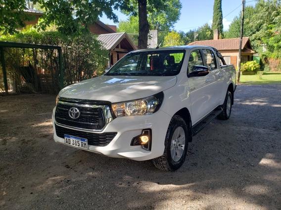 Toyota Hilux 2.8 Cd Srv 177cv 4x2 2018