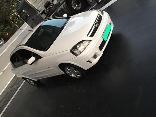 Corsa Premium 1.4 2009