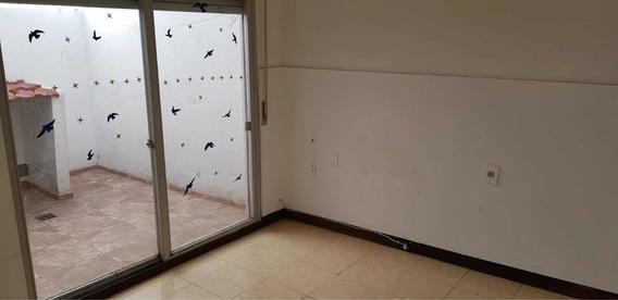 Apartamento En Alquiler La Comercial, Jacinto Vera