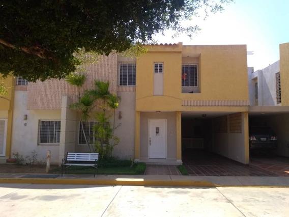 Townhouse Alquiler Milagro Norte Maracaibo Api 5127 Mm