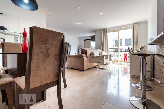 Apartamento No 2º Andar Mobiliado Com 2 Dormitórios E 2 Garagens - Id: 892911524 - 211524