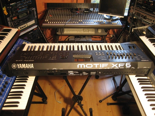 Teclado Yamaha Motif Xf6 61 Teclas