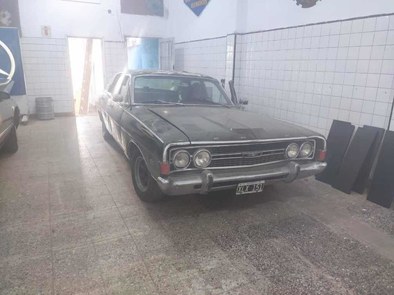 Ford Fairlane Ltd V8