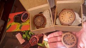 Relógio Artesanal Madeira Unissex G E M