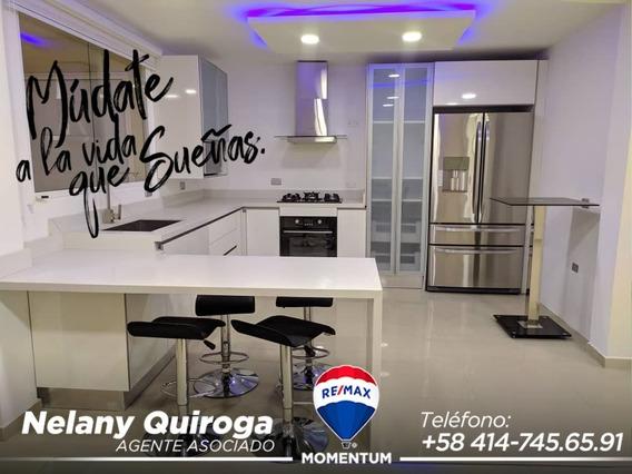 Casa Exclusiva En Pueblo Nuevo