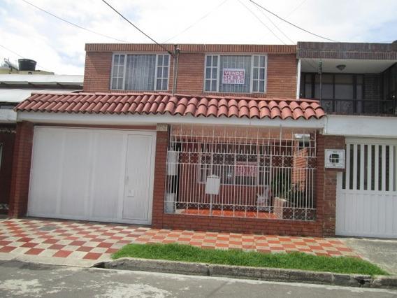 Casas En Venta La Esmeralda 60-298