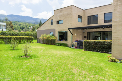 Casa En Venta En Sopó Mls 19-876 Lr