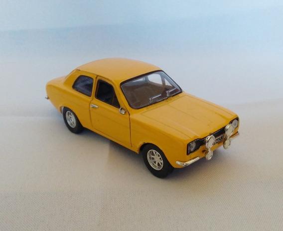 Raro E Único Ford Escort Miniatura 1:32 Metal