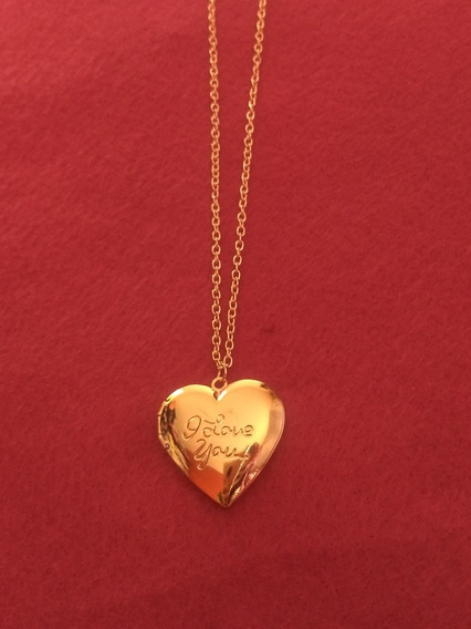 Locket. Collar Guardafoto. Corazón Dorado
