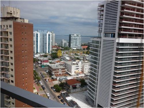 Lindo Apartamento En Brava Con Vista Hacia La Mansa- Ref: 3782