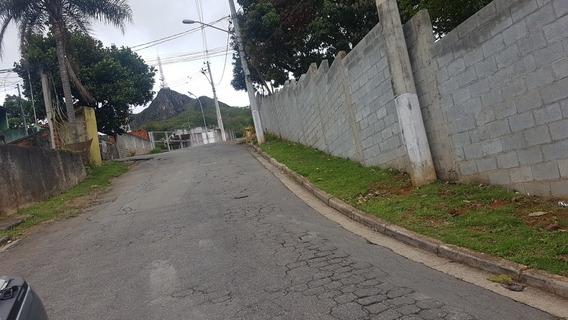 Terrenos Ao Pé Do Pico Do Jaraguá Em Frente À Escola Emef Vi