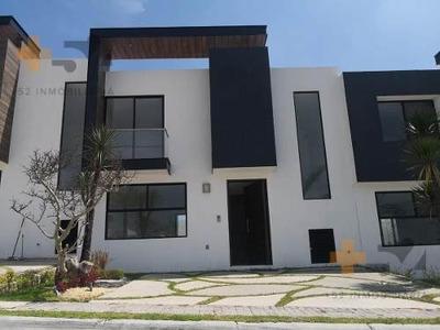Casa En Venta En Parque Quintana Roo En Lomas De Angelopolis
