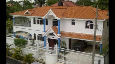 Casa Barata Con Piscina En Villa Mella