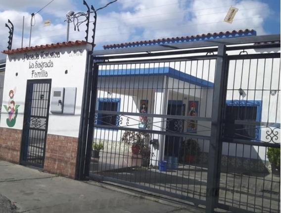 Locales En Alquiler Zona Este Barquisimeto 20-13441 Mc
