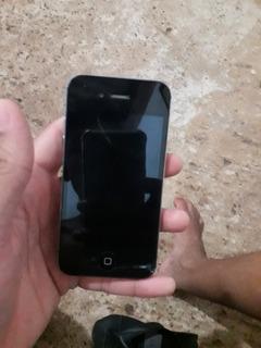 iPhone 4 Presta Tudo Com Trincado Na Tela É Carregador