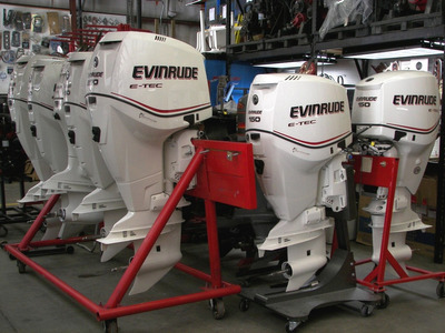 Motor De Popa 115 Hp Evinrude E-tec Okm Miami Nautica