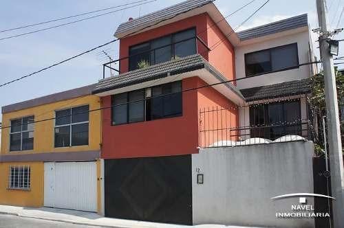 Muy Buena Casa En Calle Cerrada, Cav-4075