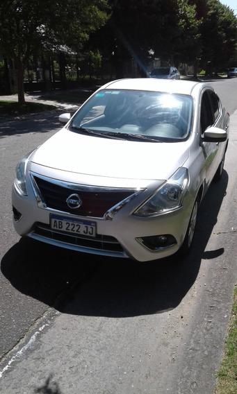 Nissan Versa 1.6 Advance Mt Pure Drive 4 Puertas