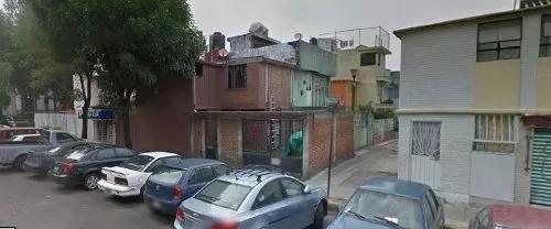 Oportunidad Unica! Bonita Casa De Remate En Zona Céntrica!