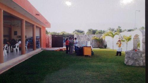 Oportunidad Jardín Con Alberca Y Salón Ideal Para Negocio C1801